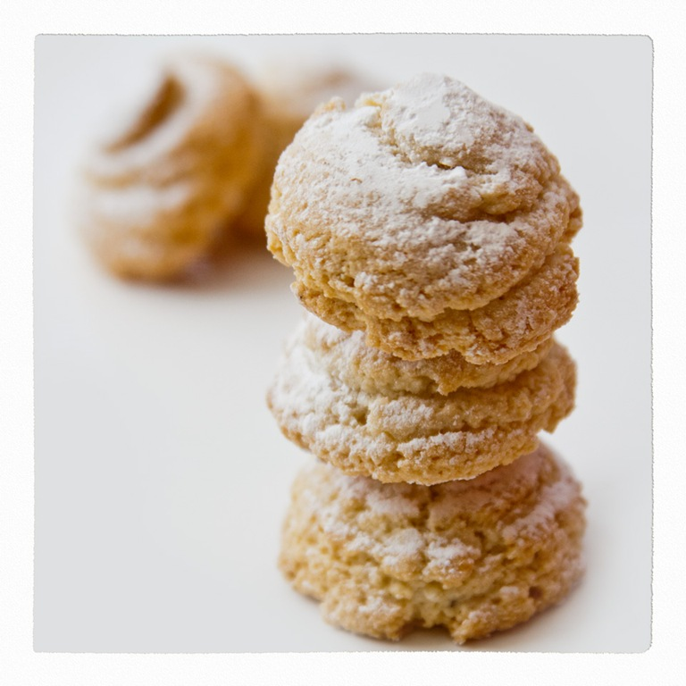 cookies amaretti cookies recipes dishmaps italian amaretti cookies ...