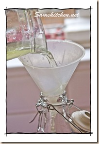 Elderflower pouring