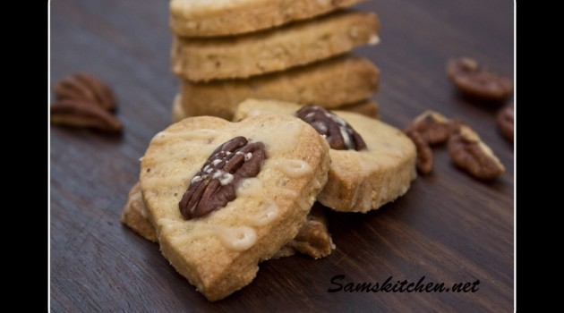 Pecan-and-maple-shortbread-hearts.jpg