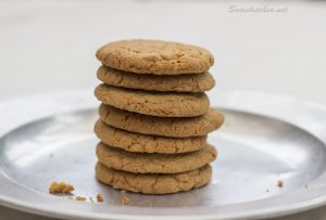 ginger biscuits stack