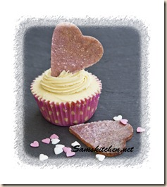 Pink shimmer cakes