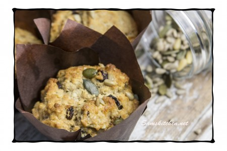 Fruit and seed muffins2