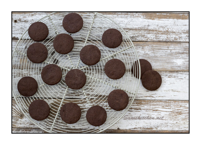 Choc mallow biscuits 1